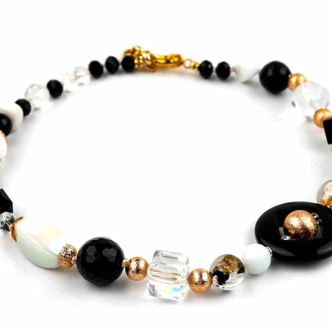 bijoux-jewellery-onyxe-romancia-noir-et-blanc.jpg