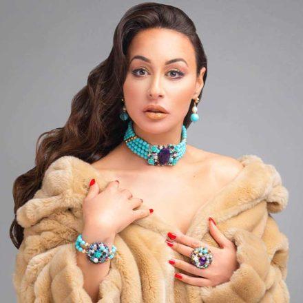 Collection Dahlia, Bracelets , boucles d''oreilles et bague pour femmes