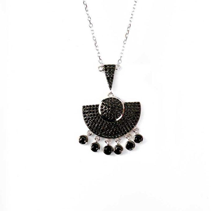Collier Noir ethnique pour femme tunisie