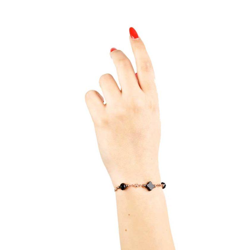 Bracelet intemporelle pour femme avec trefele en onyx